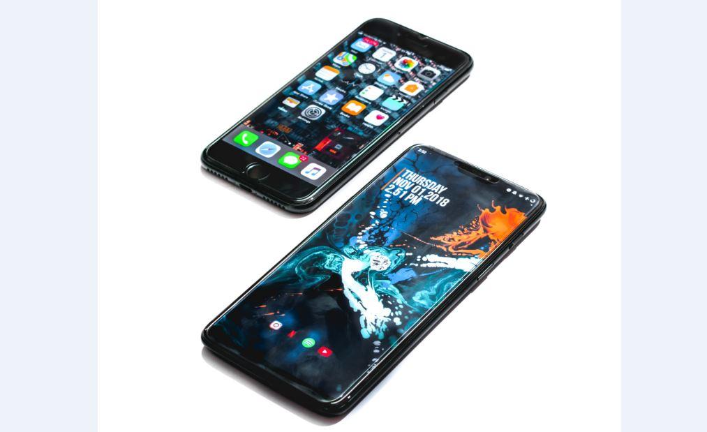 people buy iPhones